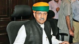 Union Minister Arjun Ram Meghwal Travels in Train, Takes Feedback From Passengers on 4 Years of Modi Government
