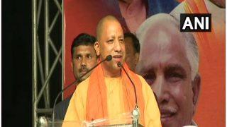 Uttar Pradesh Chief Minister Yogi Adityanath Helicopter Makes Emergency Landing in Farm, CM Incurs no Harm