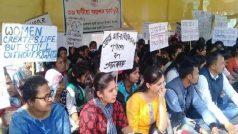 असम में छात्राओं का प्रदर्शन जारी, बीजेपी ने आंदोलन को बताया आधारहीन