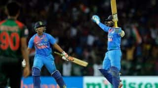 Nidahas T20 Tri-Series Final: Dinesh Karthik Hits Last Ball Six to Help India Win, Watch Video
