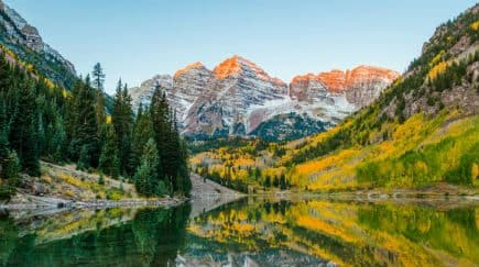 17 Stunning Photos of Maroon Bells in Colorado That Will Spark Your Wanderlust