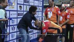 Kambli Bows Down to Tendulkar During Mumbai T20 League