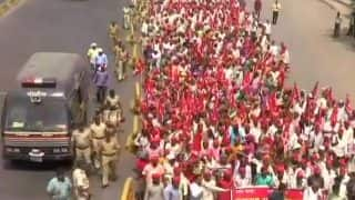 Kisan Long March in Mumbai: On Feet For 6 Days, Over 35,000 Farmers to Gherao Maharashtra Assembly Today