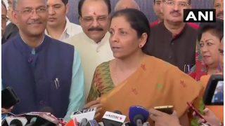 डोकलामः रक्षा मंत्री निर्मला सीतारमण ने कहा- किसी भी हालात से निपटने में सक्षम