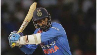 'एक सिक्स, जश्न फिक्स'... T20I में ऐसा कमाल करने वाले पहले बल्लेबाज हैं दिनेश कार्तिक