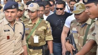 Salman Khan Ate 'Dal Roti' Alone in Jodhpur Central Jail, Made no Special Demands; Hearing on Bail Plea Today