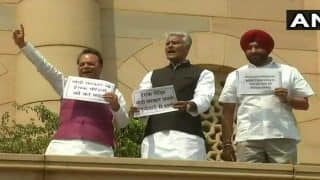 Punjab Congress MPs Climb Parliament Building, Demand Financial Aid For 39 Indians Killed in Iraq
