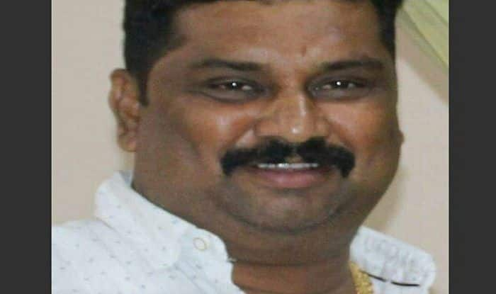 Shiv Sena leader shot dead by two gunmen in Mumbai