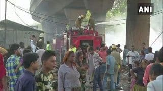 Delhi: Major Fire Breaks Out in Slum Area of Mansarovar Park; No Casualty Reported