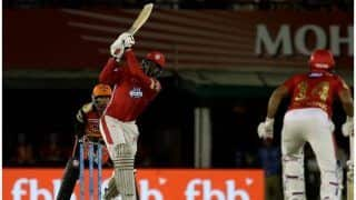 IPL 2018: मोहाली के मैदान में क्रिस गेल का तूफान, जमाया इस सीजन का पहला शतक