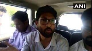 Jignesh Mevani Detained at Jaipur Airport: Gujarat MLA Slams Vasundhara Raje, Calls it 'Illegal'