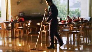 Video: इस गलती की मिली वरुण धवन को ऐसी सजा, झाड़ू लगाया, टॉयलेट तक साफ करना पड़ा