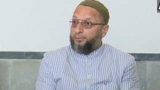 AIMIM Chief Owaisi Meets Andhra Pradesh, Telangana Governor ESL Narasimhan With Demand For Retrial in Mecca Masjid Blast Case