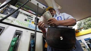 Fuel Price Hike: Petrol at Rs 80.50 in Delhi, Diesel at Rs 72.61; Govt Says Not Under Its Control