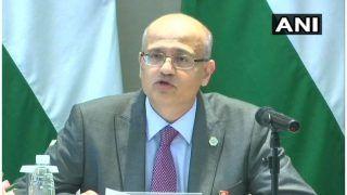 India Summons Pakistan Envoy Over Shah Mehmood Qureshi's Phone Call to Hurriyat Leader Mirwaiz Umar Farooq