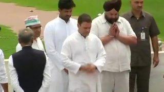 राहुल गांधी का उपवास शुरू, बीजेपी ने बताया 'मिथ्याग्रह'