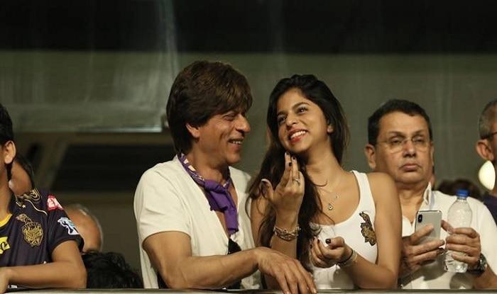 Shah Rukh Khan and Suhana Celebrate As Their Team Beats Bangalore Hands Down