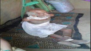 फिर शर्मसार हुई मानवता: बहू ने विक्षिप्त ससुर को रस्सियों से बांधा और पड़ोसियों ने संपत्ति के लोभ में वायरल कर दी फोटो