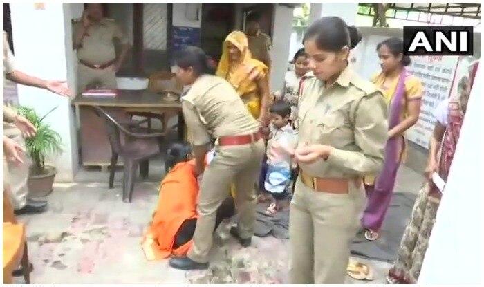 रविवार 8 अप्रैल को महिला ने उन्नाव के बांगरमऊ बीजेपी विधायक पर रेप का आरोप लगाया था. (फोटो एएनआई)