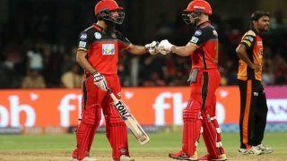 चिन्नास्वामी पर डिविलियर्स-मोईन अली का जलवा, हैदराबाद के खिलाफ बेंगलोर ने 20 ओवर में बना डाले 218 रन