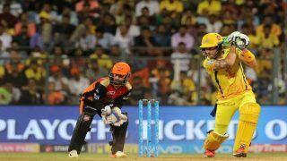 VIDEO: डुप्लेसी का सिक्सर और मैदान पर दौड़ पड़े चेन्नई के खिलाड़ी, साक्षी भी लगी चिल्लाने