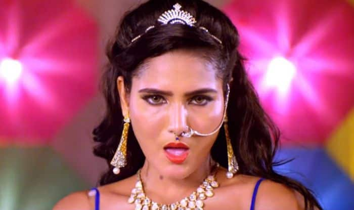 Bhojpuri Sunny Leone Takes Internet By Storm With Her Dance Song 'Daaru Bihar Me Bain'