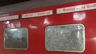 Stone Pelted at Sealdah-Rajdhani Express at Manpur Junction, 6 Passengers Injured