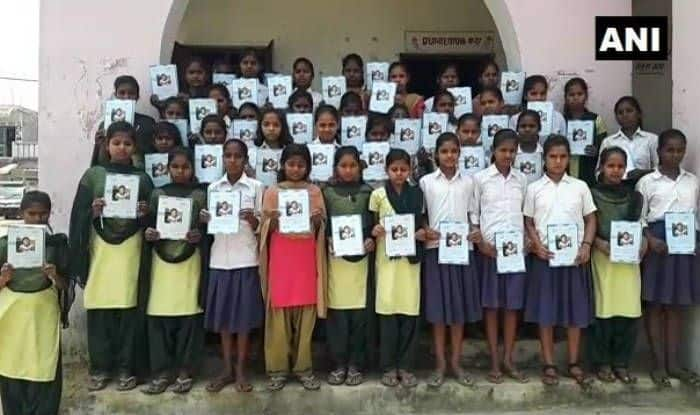 Pakistani girl's photo features in Bihar booklets, probe ordered