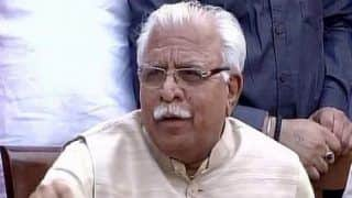 Haryana CM Manohar Lal Khattar Says Namaz Should Not be Offered at Public Places, Later Issues Clarification