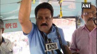 केरल: मजदूर दिवस पर एमडी ने बस कंडक्टर बनकर यात्रियों को किया हैरान