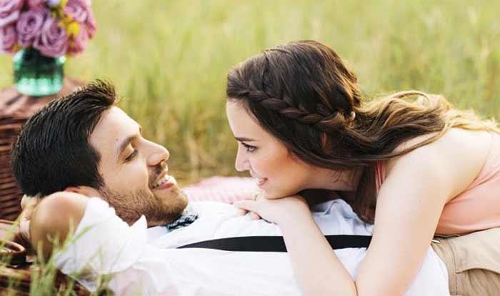 जानें किस राशि के लोगों को होता है जीवन सबसे ज्यादा बार प्यार