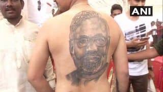 Karnataka Assembly Elections 2018: Inspired by Narendra Modi's Work, Raichur Man Gets PM's Face Inked on His Back