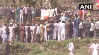 जांबाज आर्मी जवान सुपुर्दे-ए-खाक, अंतिम संस्कार में लगे औरंगजेब अमर रहे के नारे