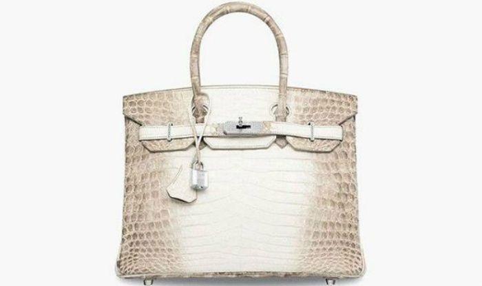 2c4bcc56986 10-year-old Hermes Handbag Sold For  217