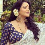 Bhojpuri Bombshell Monalisa Shares Throwback Dance Video, Feels Nostalgic; Watch Sexy Moves Here