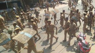 यूपी: पीएम के लौटते ही गाजीपुर में बवाल, प्रदर्शनकारियों ने वाहनों पर किया पथराव, एक पुलिसकर्मी की मौत