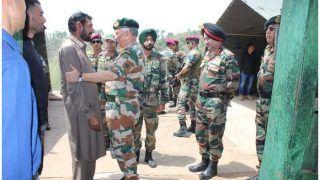 कश्मीर: शहीद औरंगजेब के पिता से मिलने पहुंचे आर्मी चीफ बिपिन रावत
