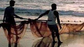 पाकिस्तानी अधिकारियों ने 16 भारतीय मछुआरों को हिरासत में लिया