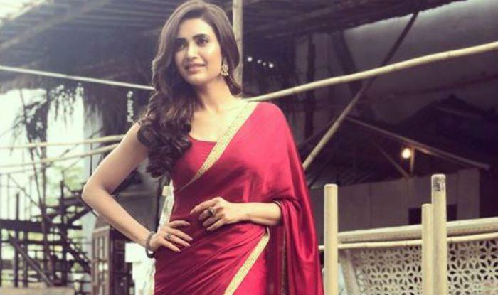 Naagin 2 Actress Karishma Tanna Looks Stunning In Red Saree Check