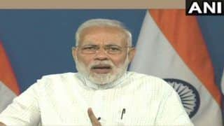 PM Narendra Modi Interacts With Beneficiaries of Pradhan Mantri Awas Yojana, Says There Will be House For All by 2022