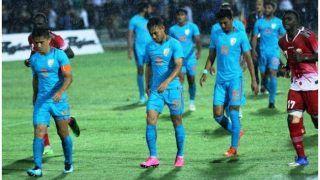 बारिश और खचाखच भरे स्टेडियम में कप्तान सुनील छेत्री के गोल से भारत ने कीनिया को 3-0 से हराया