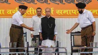 मनीष तिवारी का प्रणब से सवाल- RSS पर बैन लगाने वाली सरकार में थे मंत्री, अब वह कैसे हो गया पवित्र