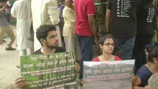 New Delhi: Residents of Sarojini Nagar Stage Protest Against Felling of Trees