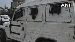 Anantnag: Terrorists Lob Grenade at Police Party, Injure Two Security Personnel, a Civilian