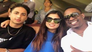 India vs England 2nd ODI Lord's: MS Dhoni's Wife Sakshi Spends Time With Dwayne Bravo