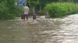 Delhi Rain: Monsoon Mayhem Continues in Capital;  Schools to Remain Shut, Flood Warning Issued After Haryana Releases Water in Yamuna