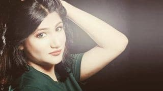 Ramayana Actress Mahika Sharma Gives Befitting Reply to Pervert For Asking Sexual Favours on Obscene Comment; Trolls Back For Wrong English