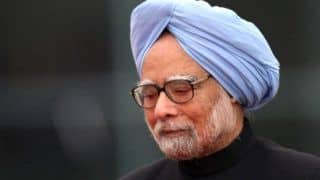 Manmohan Singh Appeals to Maharashtra CM, PM & Finance Minister to Resolve PMC Bank Issue