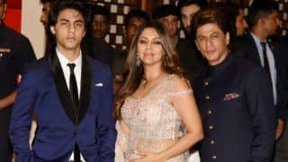 Shah Rukh Khan, Gauri Khan And Son Aryan Khan's Adorable Candid Moment at Ambani's Engagement Bash is Unmissable-View Pictures
