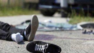 कार-ट्रक की टक्कर में पांच अध्यापिकाओं सहित आठ लोगों की मौत